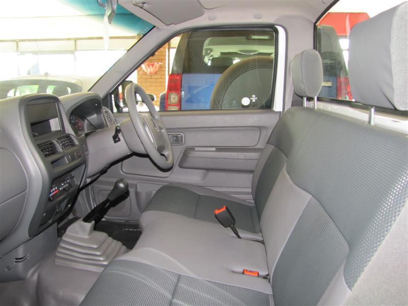 Nissan NP300 Hardbody in Botswana