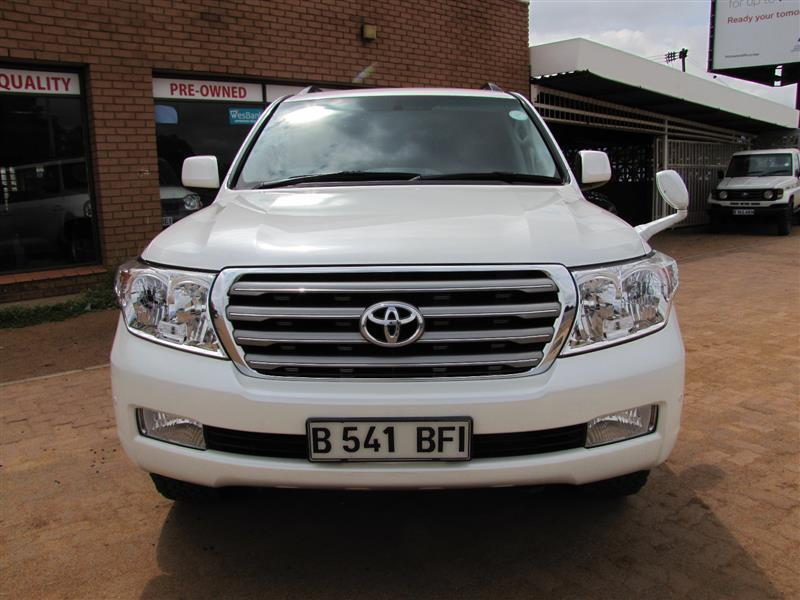 Toyota Land Cruiser V8 in Botswana