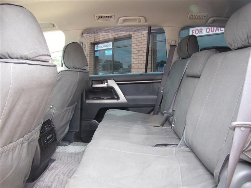 Toyota Land Cruiser V8 in Botswana