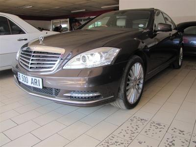 Mercedes Benz S350 in Botswana