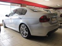 BMW 3 series 325i for sale in Botswana - 3