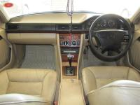 Mercedes Benz E220 for sale in Botswana - 7
