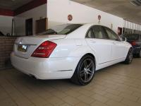 Mercedes-Benz S class S500 V8 for sale in Botswana - 11