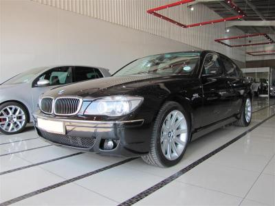 BMW 7 series 745i in
