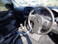 Nissan Navara 4.0 V6 for sale in Botswana - 3