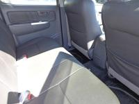 Toyota Hilux 3.0 D4D for sale in Botswana - 4