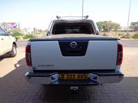 Nissan Navara 4.0 V6 for sale in Botswana - 5