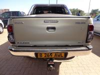 Toyota Hilux 3.0 D4D for sale in Botswana - 5