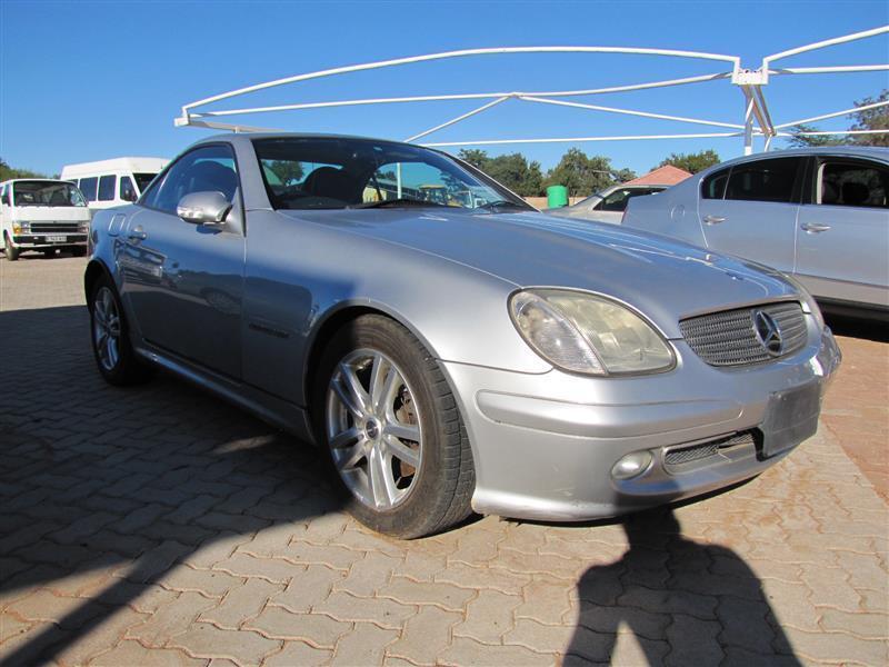 Mercedes-Benz CLK class 230 Kompressor in Botswana