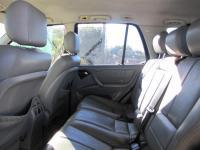 Mercedes-Benz ML ML270 for sale in Botswana - 6