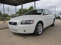 Volovo S40 T5 for sale in Botswana - 0
