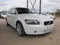 Volovo S40 T5 for sale in Botswana - 2