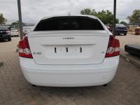 Volovo S40 T5 for sale in Botswana - 4