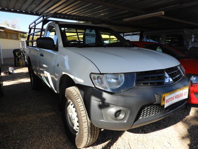 Used Mitsubishi Triton in Namibia