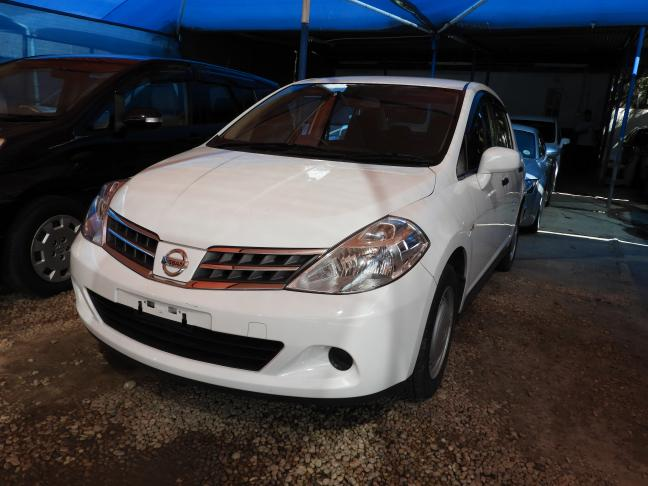 Used Nissan Tiida in Namibia