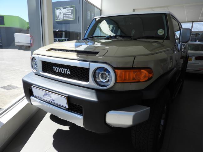 Used Toyota FJ Cruiser in Namibia