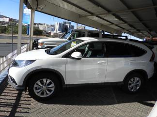 Used Honda CR-V for sale in Namibia - 1