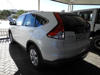 Used Honda CR-V for sale in Namibia - 2