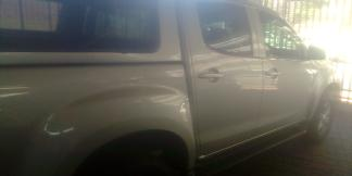 Used Isuzu KB240 for sale in Namibia - 2