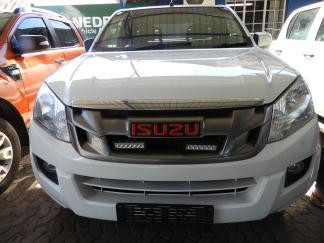 Used Isuzu KB250 Hi Rider for sale in Namibia - 1