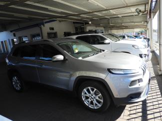 Used Jeep Cherokee for sale in Namibia - 1