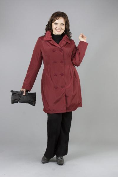 Модные женские плащи больших размеров