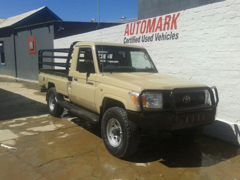 Toyota Land Cruiser v6 4.0 in