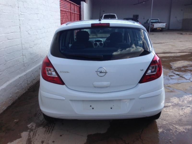 Opel Corsa enjoy in