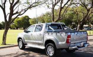 Toyota Hilux toyota hilux SR5 in