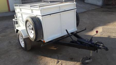 Toyota 4Runner trailer in