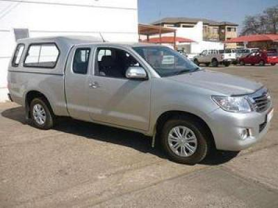 Toyota Hilux SRX Extra cab in