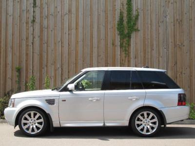 Land Rover Range Rover Rover Sport 4.4 V8 HSE in