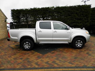 Toyota Hilux Hilux Invincible D-4d 4x4 Double Cab Pick Up in