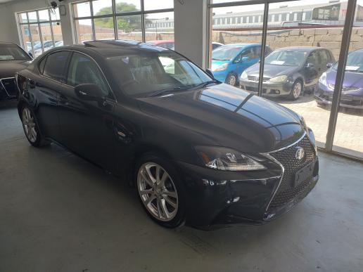 Lexus IS250 in