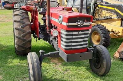 Massey Ferguson 2WD88 Tractor in