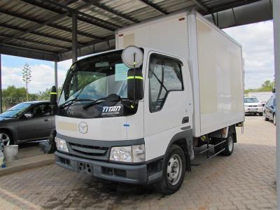 Mazda Titan in