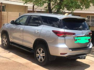 Toyota Fortuner in