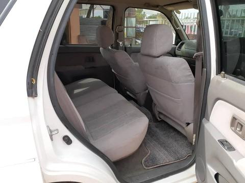 TOYOTA HILUX SURF 2000 MODEL in