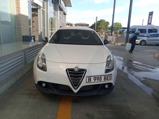 Used Alfa Romeo Giulietta Quadrifoglio Verde Squadra Corse in