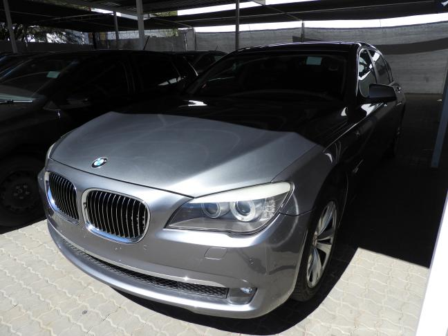 Used BMW 730i in