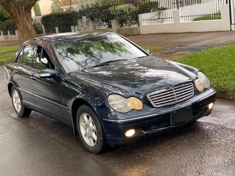 Used Mercedes-Benz C200 in