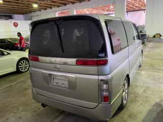 Used Nissan Elgrand in