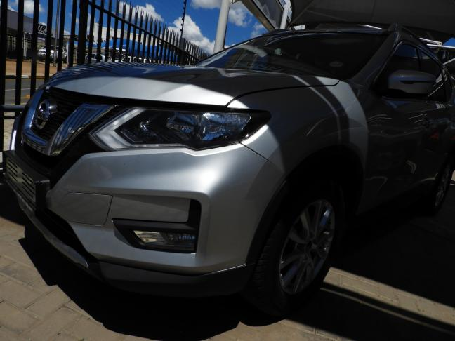 Used Nissan X-Trail CVT in