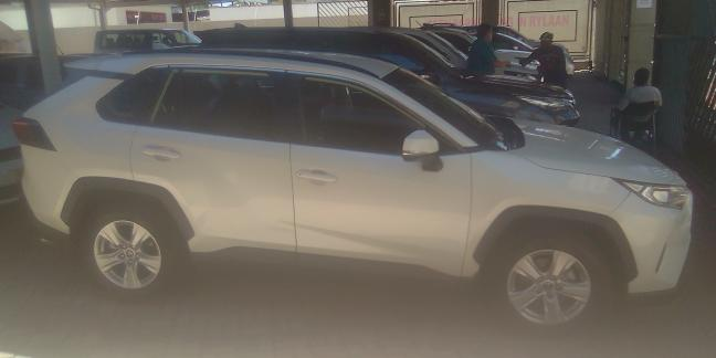 Used Toyota RAV 4 Cut GL in
