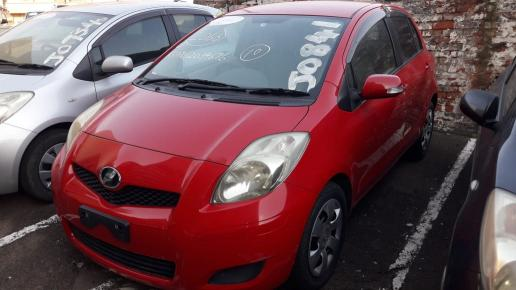 Used Toyota Vitz in