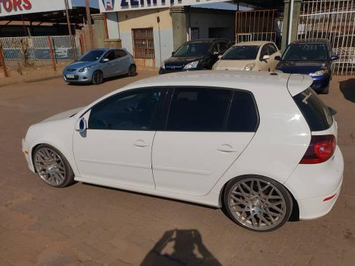 Used Volkswagen Golf GTI 5 in