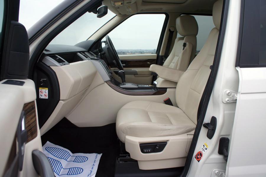 Land Rover Range Rover Sport TDV8 HSE in Botswana
