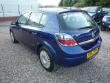 Opel Astra for sale in Botswana - 1