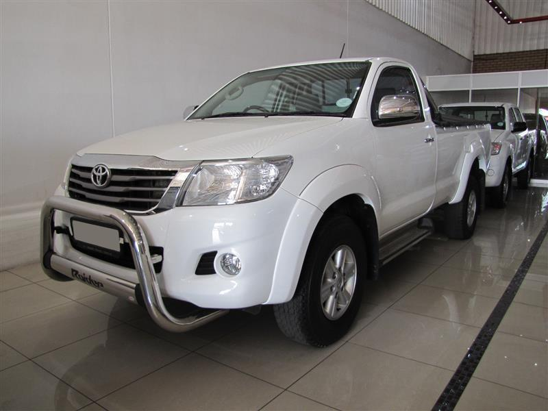 Toyota Hilux Raider VVTi in Botswana