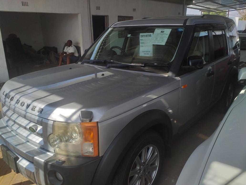 LandRover Discovery 3 in Botswana